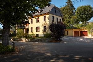 Hotel Bütgenbacher Hof, Отели  Butgenbach - big - 12