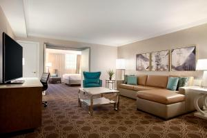 The Hilton New Orleans/St. Charles Avenue (4 of 47)