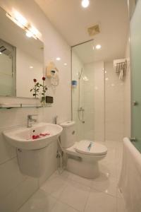 Ha Noi Holiday Center Hotel, Hotely  Hanoj - big - 44