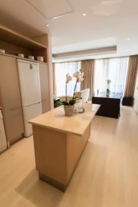 Superior Apartment (1-2 Adults)