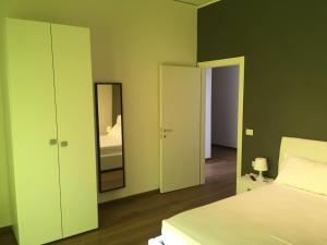 Aparthotel Salerno, Apartments  Salerno - big - 6