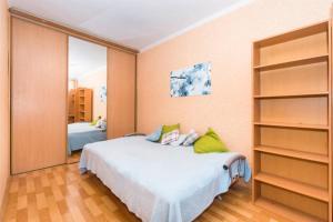 Apartment Bolshaya Krasnaya, Apartments  Kazan - big - 13
