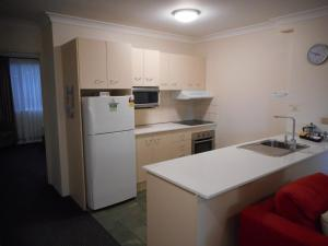 Beaches Serviced Apartments, Aparthotels  Nelson Bay - big - 35