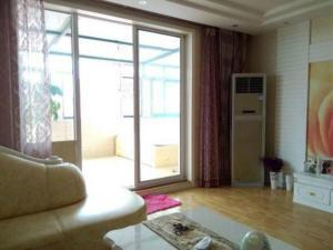 Qingdao Golden Beach Zongze Mama Homestay, Apartmány  Huangdao - big - 8