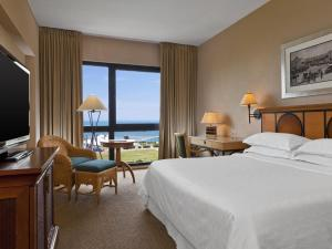 Classic Twin Room with Sea View