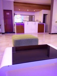 Agung Hotel, Hotel  Kendari - big - 13