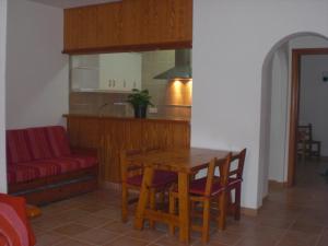 Apartamentos Ferrer, Апартаменты  Пляж Эс-Фигераль - big - 26