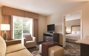 One-Bedroom Double Suite - Non-Smoking