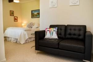 Swan House, Bed and breakfasts  Martinborough  - big - 29