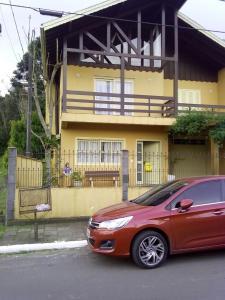 Residencial Familiar De Gramado, Case vacanze  Gramado - big - 45