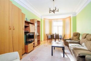 Vip-kvartira Leningradskaya 1A, Apartments  Minsk - big - 52