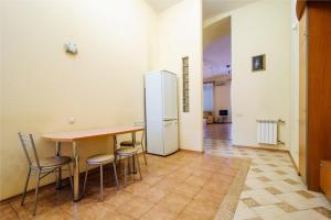 Vip-kvartira Leningradskaya 1A, Apartments  Minsk - big - 67