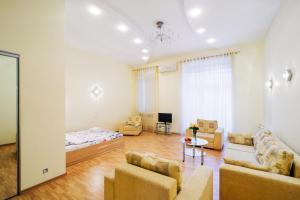 Vip-kvartira Leningradskaya 1A, Apartments  Minsk - big - 69