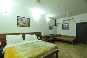 Lago villa, Bed & Breakfasts  Bhopal - big - 7