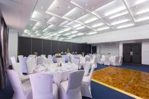 Microtel by Wyndham Mall of Asia, Hotely  Manila - big - 52