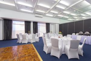 Microtel by Wyndham Mall of Asia, Hotely  Manila - big - 40