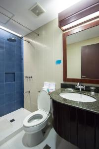 Microtel by Wyndham Mall of Asia, Hotels  Manila - big - 14