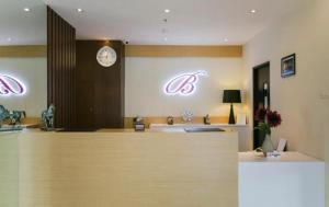 Best Hotel Kedungsari, Hotely  Surabaya - big - 24