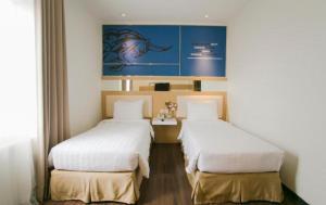 Best Hotel Kedungsari, Szállodák  Surabaya - big - 9