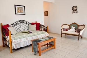 Eleni's Village Suites(Klouvas)
