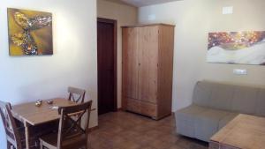 Finca Ranchiles, Apartmány  Montecorto - big - 11