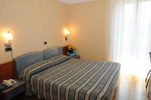 Hotel Victoria, Hotel  Rivisondoli - big - 2