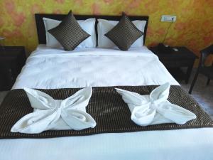 Hotel Hill Rock, Отели  Tiracol - big - 11