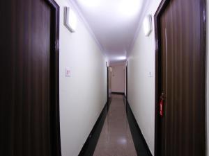OYO 5810 near Mall Road, Hotel  Shimla - big - 7