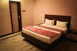 Hotel Gold inn, Lodge  Kumbakonam - big - 3