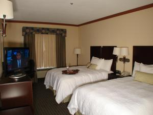 Queen Room with Two Queen Beds - Mobility Access/Non-Smoking