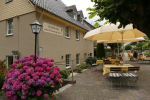 Waldhotel im Wiesengrund, Szállodák  Hürtgenwald - big - 16