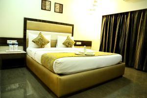The Majestic Suites, Отели  Калькутта - big - 26
