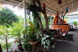 Smile Hostel Koh Phangan, Hostelek  Bantaj - big - 68