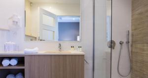 Salini Resort, Hotely  St Paul's Bay - big - 11