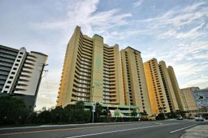 Twin Palms Beach Resort by Panhandle Getaways, Apartments  Panama City Beach - big - 18