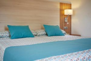 Invisa Hotel Club Cala Blanca, Hotely  Es Figueral Beach - big - 18