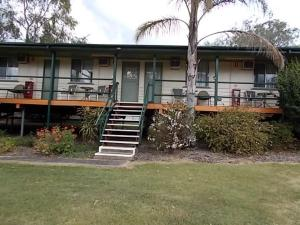Oakridge Motel Tourist Park, Motels  Oakey - big - 73