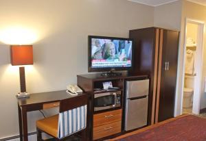 Gateway Inn and Suites, Отели  Салида - big - 7