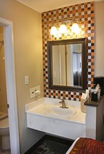 Gateway Inn and Suites, Hotel  Salida - big - 16