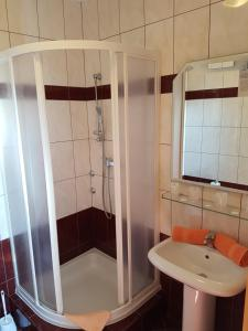 Guesthouse Villa Adria, Penziony  Malinska - big - 16