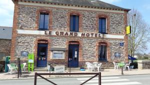 Grand Hotel, Hotely  Le Pont Réan - big - 14