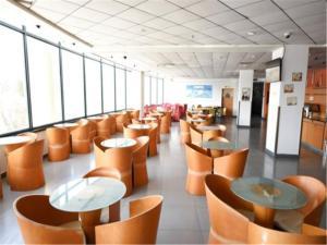 Motel Qingdao Development Zone Middle Changjiang Road, Hotels  Huangdao - big - 8