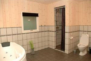 Holiday home Pindvej H- 3508, Holiday homes  Egeskov - big - 5