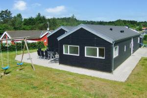 Holiday home Sydbakken E- 4689
