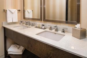 DoubleTree by Hilton Portland - Beaverton, Hotel  Beaverton - big - 12