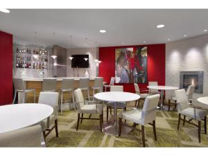 Embassy Suites Detroit Metro Airport, Hotel  Romulus - big - 26