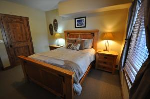 The Pines #180, Apartmány  Whitefish - big - 7