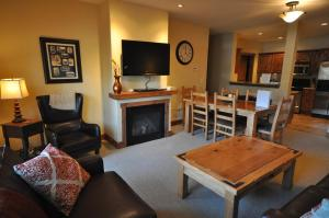 The Pines #180, Apartmány  Whitefish - big - 1