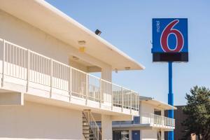 Motel 6 Reno West, Hotely  Reno - big - 39