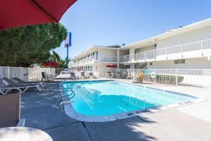 Motel 6 Reno West, Hotely  Reno - big - 34